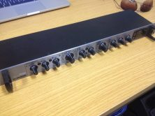 t.c electronic M350 Effects Rack for PA Front